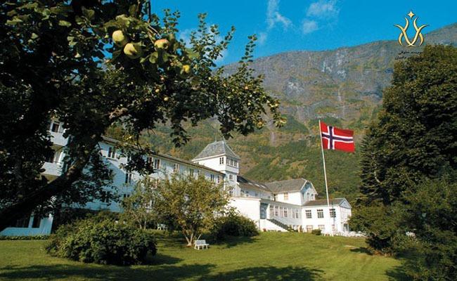 مهاجرت به نروژ با کار در هتل
